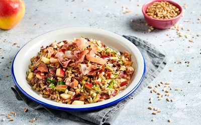 Spelt with Speck, apple and radicchio